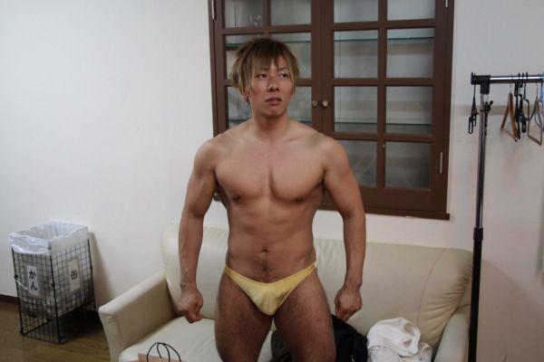 ong-vua-phim-nguoi-lon-shimiken-16