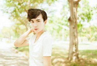 """""""Hot boy mỏ chim"""" Taylor Nguyễn Cao Danh khinh 40.000 USD quá ít để gặp mặt"""