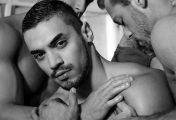Hành trình đi tìm tự do của một mẫu nam đồng tính