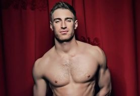 Trải lòng cay đắng của một diễn viên khiêu dâm đồng tính nhiễm HIV